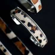 Inspirational Sets Natural leather bracelets with animal print