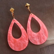 Inspirational Sets Modern statement earrings with resin pendants